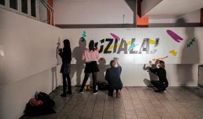 """""""Działaj"""", żywe malowanie z publicznością, KIPISZ, siłownia Apollo, 2020"""