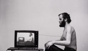 """Paweł Kwiek """"Video i oddech. Kanał informacji"""", 1978/2016, z kolekcji Muzeum Sztuki w Łodzi"""