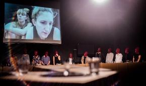 Performance Anny Baumgart. Foto. HaWa / materiały prasowe