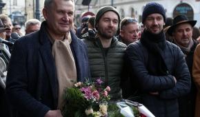 Piotr Dzięcioł z synami: Łukaszem i Wojciechem