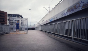 Szklane menażerie - Tryptyk Video Tańca w AOIA. Miasto Foto: Michał Ratajski