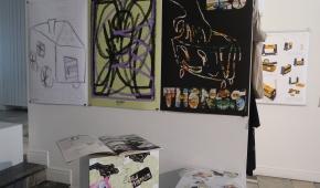 Artzin i plakaty Damiana Ciszka, fot. ATN