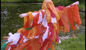 """Kostium z performensu """"By the river"""" fot. Tatiana Pancewicz"""