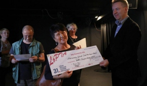 Teresa Radzikowska odebrała nagrodę dla swojej aktorki z Teatru Pod Lupą